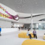 Foyer mit Empfangstresen im Innovation Center