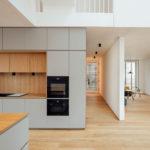 Küche Wohnhaus Holzbau rundzwei Architekten