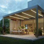 Terrasse mit Sonnenschutz