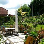 Hausgarten Wilhelmi - Blick über die Terrasse
