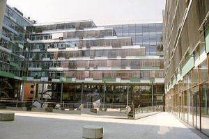 Dienstleistungszentrum der Landesgirokasse am Bollwerk
