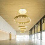 Foyer Festsaal Stadthalle Chem Akustikpaneelen Ligno