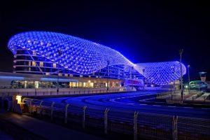 YAS Hotel Abu Dhabi: Pole Position für e:cue lighting control