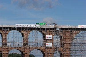 Balanceakt in 78 Metern Höhe: Betonage auf weltgrößter Ziegelsteinbrücke