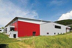 Wiederaufbau einer Sporthalle in Blumberg