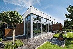 Anbau eines Schwimmbads an ein Wohnhaus im Münsterland