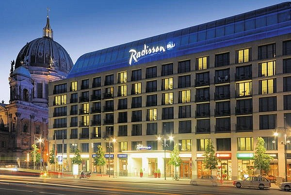 "Hotel ""Radisson Blu"" in Berlin"
