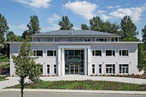 Bürogebäude mit Penthousewohnung in Rosenheim