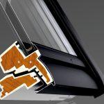 Mehr Lichteinfall dank größerer Scheibenfläche, verbesserte Wärmedämmung trotz schmalerer Rahmenprofile und ergonomisch designte Griffleiste sind nur einige der Optimierungen bei der neuen Dachfenstergeneration von VELUX.