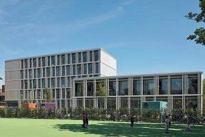 Erweiterung einer Schule in Zug