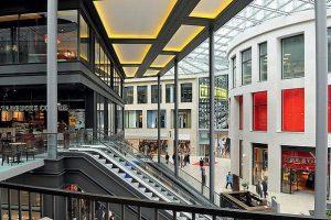 Warenhäuser mit Tiefgaragen in Essen und Duisburg