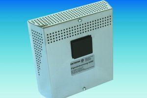 DICTATOR Signalsteuerung S400 – Netzteil, Notstromversorgung und Steuergerät in einem