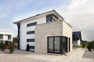 WARM-WAND Sandstein-Design eröffnet neue Gestaltungshorizonte und gibt der wärmegedämmten Fassade eine ganz neue Wertigkeit.