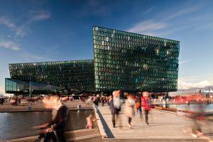 Henning Larsen Architects mit Batteríið Architects und Studio Olafur Eliasson: Konzerthaus und Konferenzzentrum Harpa, Reykjavik\Island