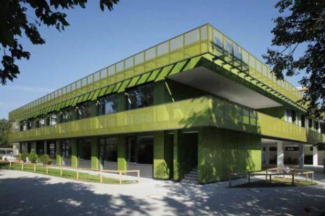 Grundschule Regina-Ullmann-Straße, 1. BA