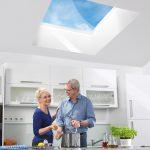 """Mit energetisch effizienten und komfortabel anzusteuernden Oberlichtern bietet LAMILUX """"Tageslicht zum Wohlfühlen""""."""