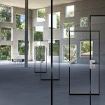 """Mehr Licht, mehr Raum, mehr Möglichkeiten: Das elegante, schlichte Design des Feuerschutzabschlusses """"Teckentrup GL"""" ordnet sich der Rauminszenierung unter und gibt den Blick frei auf die Innenarchitektur."""