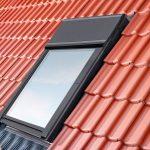 Auf der DACH+HOLZ 2014 wurde der erste Lüfter mit Wärmerückgewinnung für Dachfenster präsentiert: Velux Smart Ventilation.