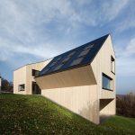 """Das dreigeschossige Einfamilienhaus ist eines von sechs Konzepthäusern des VELUX Experiments """"Model Home 2020"""""""