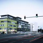 Mit der auffälligen Fassade ist das neue Business Center in Schwabachs Gewerbepark West schon von Weitem erkennbar. Bereits vor Fertigstellung des Neubaus waren alle Einheiten vermietet.