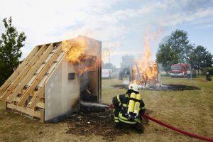 Kein Spiel mit dem Feuer: Ausbau-Profi Rigips stellt neue Brandschutz-AbP für den Holzbau vor.