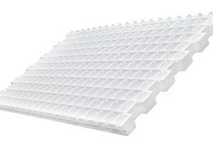 Die neue Optigrün-Festkörperdränage Typ FKD 58 SD zur Schubsicherung bei begrünten Steildächern