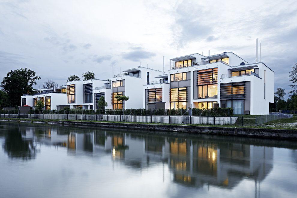 """Gewinner des Velux Architekten-Wettbewerb 2014 war das Münchener Büro von Behnisch Architekten mit dem Projekt """"Lofthäuser Kolbermoor""""."""
