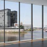 Panorama-Design-Fassade Schüco FWS 35 PD mit seiner einzigartigen, bis auf 35 mm reduzierten Ansichtsbreite.
