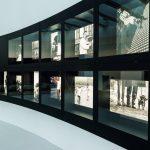Im Foyer finden wechselnde Ausstellungen statt.
