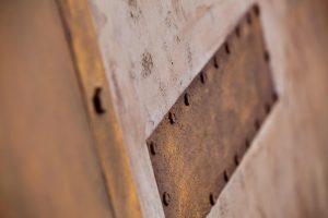 Lavanior Art Rost: Auch Beschläge, Nieten und Schrauben können natur-getreu nachgebildet werden