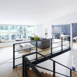 In den aufgesetzten Wohngeschossen sorgt die Spezialgipsplatte Knauf Comfortboard 23 für ein angenehmes Raumklima.