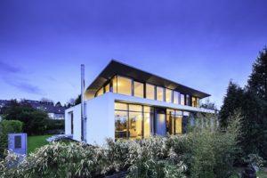 Bauen für die Zukunft mit energiesparenden Gebäudehüllen aus PORIT Porenbeton.