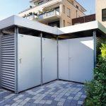 Varioboxen eignen sich zur Überdachung und Abtrennung von Fahrradstellplätzen oder Geräteräumen im Außenbereich von Wohnungs- und Gewerbebauten. Dank der Modulbauweise ist der Aufbau an nahezu jedem beliebigen Standort möglich.