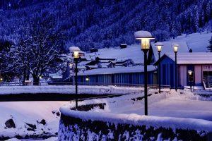 Lichtstimmung: Klosters-Serneus weiß sich in Szene zu setzen