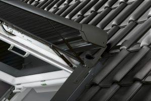 Durch die Gasdruckfedern ist ein einfaches Öffnen der Fenster auch bei heruntergelassenem Rollladen möglich.