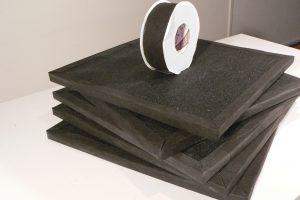 (m²K) bringen. Das Besondere: Sie lassen sich individuell zuschneiden. Im Lieferumfang sind auch ein Klebeband sowie Kontaktkleber enthalten.