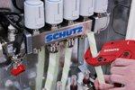Kompakt, schnell zu montieren und einfach zu entlüften versorgt der Schütz Verteiler bis zu 14 Heizkreise.