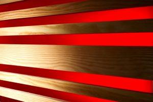 Holzprofil Douglasie gehobelt kombiniert mit Stamisol Effect Rot