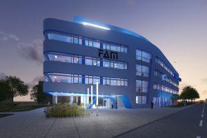 Großformatige, silbergraue Verbundplatten bestimmen die Fassadengestaltung und vermitteln gemeinsam mit der innovativen Gebäudeform einen modernen Eindruck.
