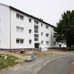 In Celle und in Rotenburg an der Wümme realisiert die Deutsche Geothermische Immobilien AG das aktuell größte oberflächennahe Geothermie-Projekt Deutschlands verbunden mit der energetischen Sanierung der über 70 Geschosswohnungs-bauten. Die Bewohner zahle