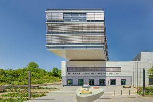 Im Max-Planck-Institut für Sonnensystemforschung in Göttingen können Weltraumbedingungen in etwa simuliert werden.