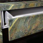 Edle Naturstein-Verblendungen in Vollmaterial-Anmutung sind mit BlendStone® eine leichte Sache - bei Zimmertüren ebenso wie bei Raumteilern, Möbeltüren, Schubladen oder Schiebeelementen