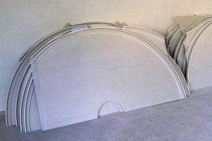 Vormontierter Bausatz für komplett vorgefertigte Deckensegel.