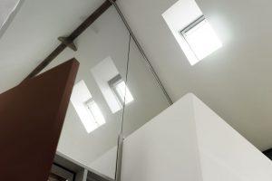 Den zeltartigen Charakter des Dachstuhls wollte der Bauherr unbedingt beibehalten: Zu Recht wie das traumhafte Ergebnis zeigt.