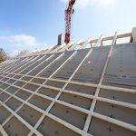 Sie kann bei modernen, flachgeneigten Dächern mit einer Mindestneigung von ≥ 10o und in Höhenlagen bis zu 1.200 m eingesetzt werden