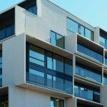 Für die Lastaufnahme der seitlichen Wandscheiben bewährte sich der Schöck Isokorb EXT, den das badische Unternehmen für Außenecken entwickelt hat.