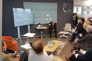 In der Ideenwerkstatt23 wurde über die Frage diskutiert, wie wir in Zukunft arbeiten werden.