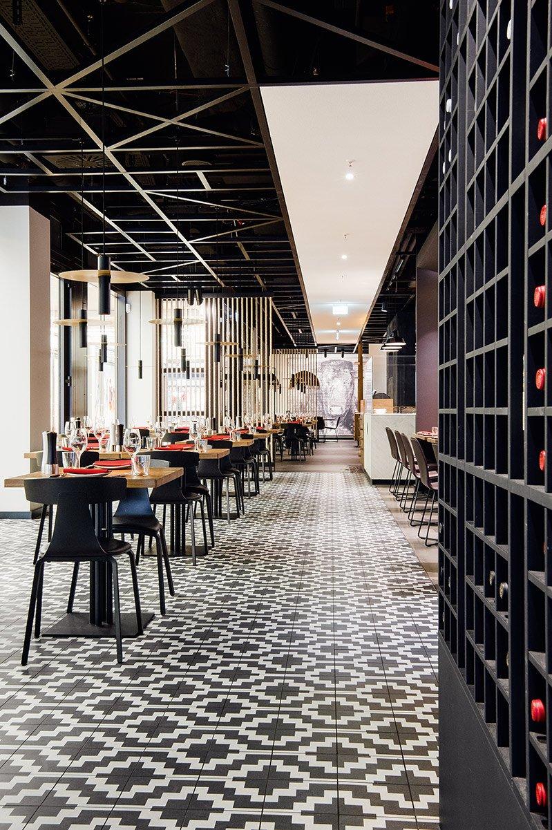 gastronomie berlin maredo flagship restaurant berlin. Black Bedroom Furniture Sets. Home Design Ideas
