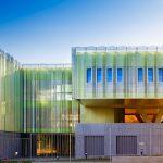 Multilayerfassade mit farbiger Fassadenmembran Stamisol Color Geissblatt
