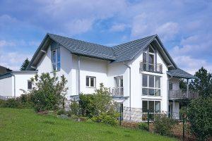 Beispiel für die unveränderte Ästhetik eines Daches mit QUICK STEP®-SolarThermie